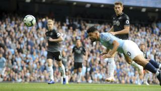 Man City fertigt Burnley 5:0 ab – Man United vergibt Sieg