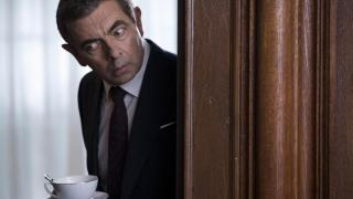 """Johnny English"" startet auf Platz eins"
