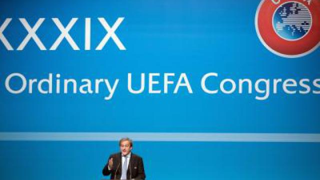 UEFA-Chef Platini: Rugby oder FIFA-Chef