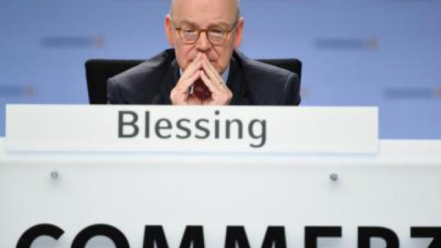 Commerzbank-Chef Martin Blessing tritt 2016 ab