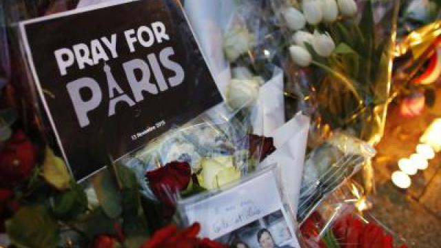 Gedenken an Terroropfer in Paris