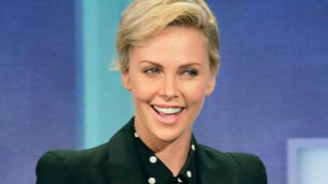 «The Gray Man» mit Charlize Theron kommt ins Rollen