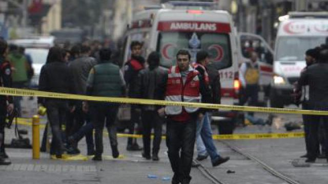 Mindestens vier Tote bei Selbstmordanschlag in Istanbul
