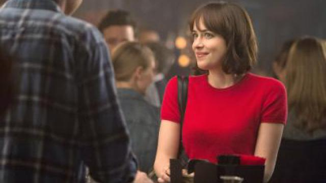 Dakota Johnson mit «How To Be Single» auf Platz eins