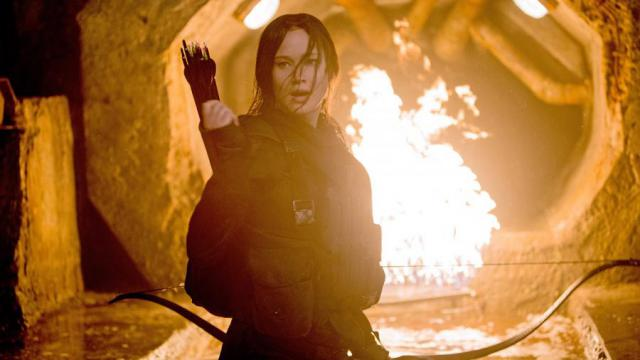 "Katniss (Jennifer Lawrence) führt die Rebellion in ""Die Tribute von Panem - Mockingjay Teil 2"" an."
